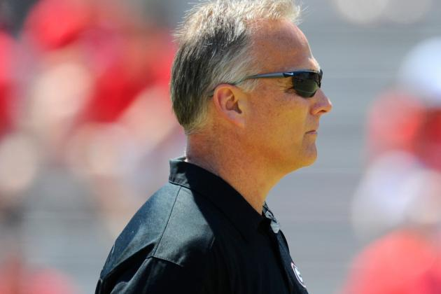 Georgia Football: How Mark Richt Can Solve Defensive Issues in 2014