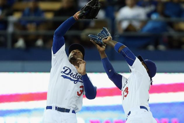 Costly Error Downs Dodgers Against Phillies 3-2 in 10 Innings