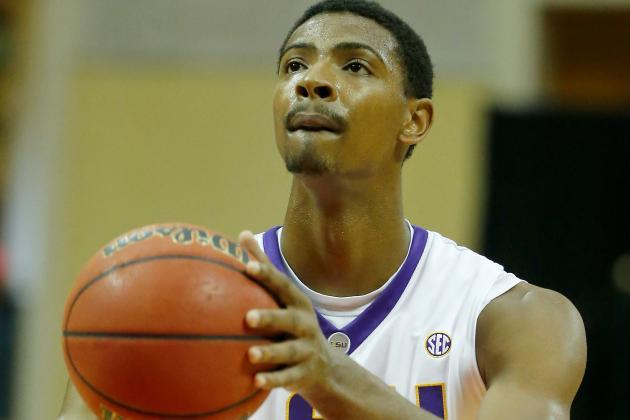 Men's Basketball's Mickey Announces Return