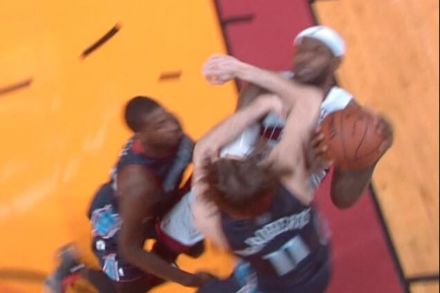 Josh McRoberts Hits LeBron James with Hard Elbow to the Chin