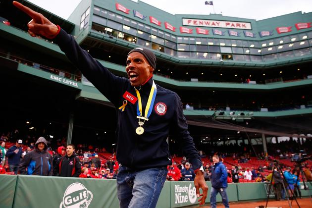 Watch: Meb Throws out First Pitch