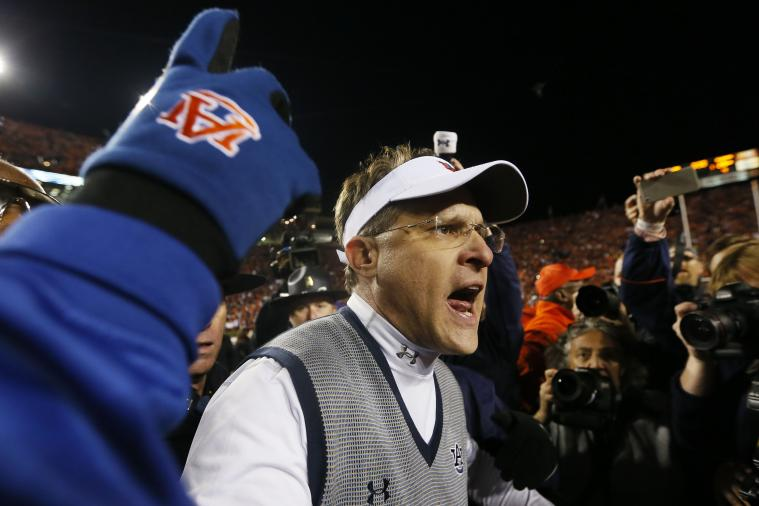 Auburn's Gus Malzahn Trolls Alabama with Custom Podium