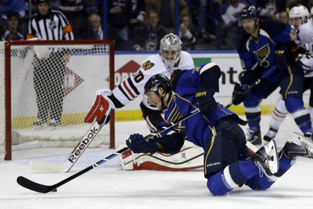 Blues' T.J. Oshie Scores on Slick Backhander from His Knees