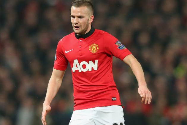 Ryan Giggs' Approach Can Help Tom Cleverley Rediscover Form at Manchester United
