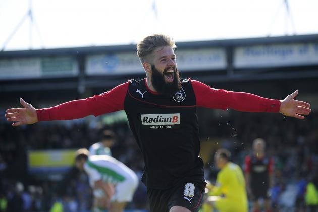Huddersfield's Adam Clayton Dyes His Epic Beard for a Good Cause