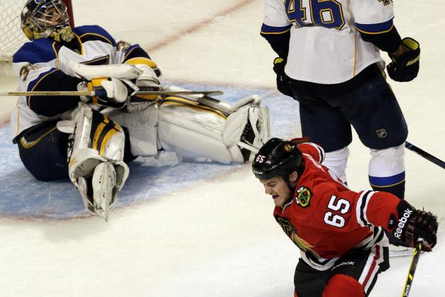 Blues Complete Collapse as Blackhawks Take 1st Step Toward Repeat