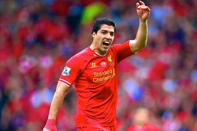 Luis Suarez Wins PFA Player of the Year 2014 Award
