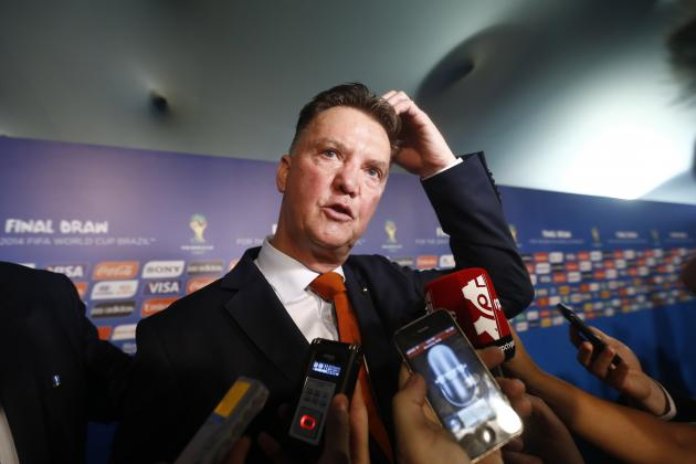 Louis van Gaal Reportedly Fears Ryan Giggs Will Snatch Manchester United Job