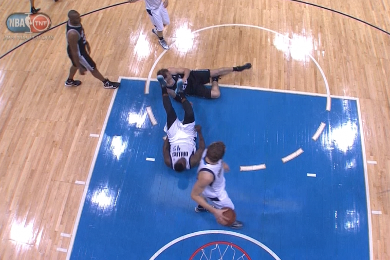 Mavericks' DeJuan Blair Ejected After Kicking Tiago Splitter in the Head