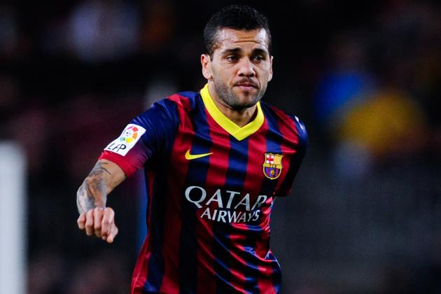 Dani Alves Wants to Shame Banana-Throwing Villarreal Fan on Internet