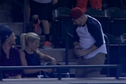 Clumsy Fan Spills Beer on Date While Going for Foul Ball