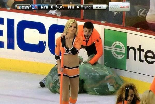 Flyers' Ice Crew Creates Hilarious Photo While Collecting Hats