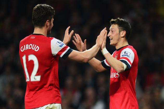 Is Arsene Wenger Putting Too Much Pressure on Mesut Ozil?