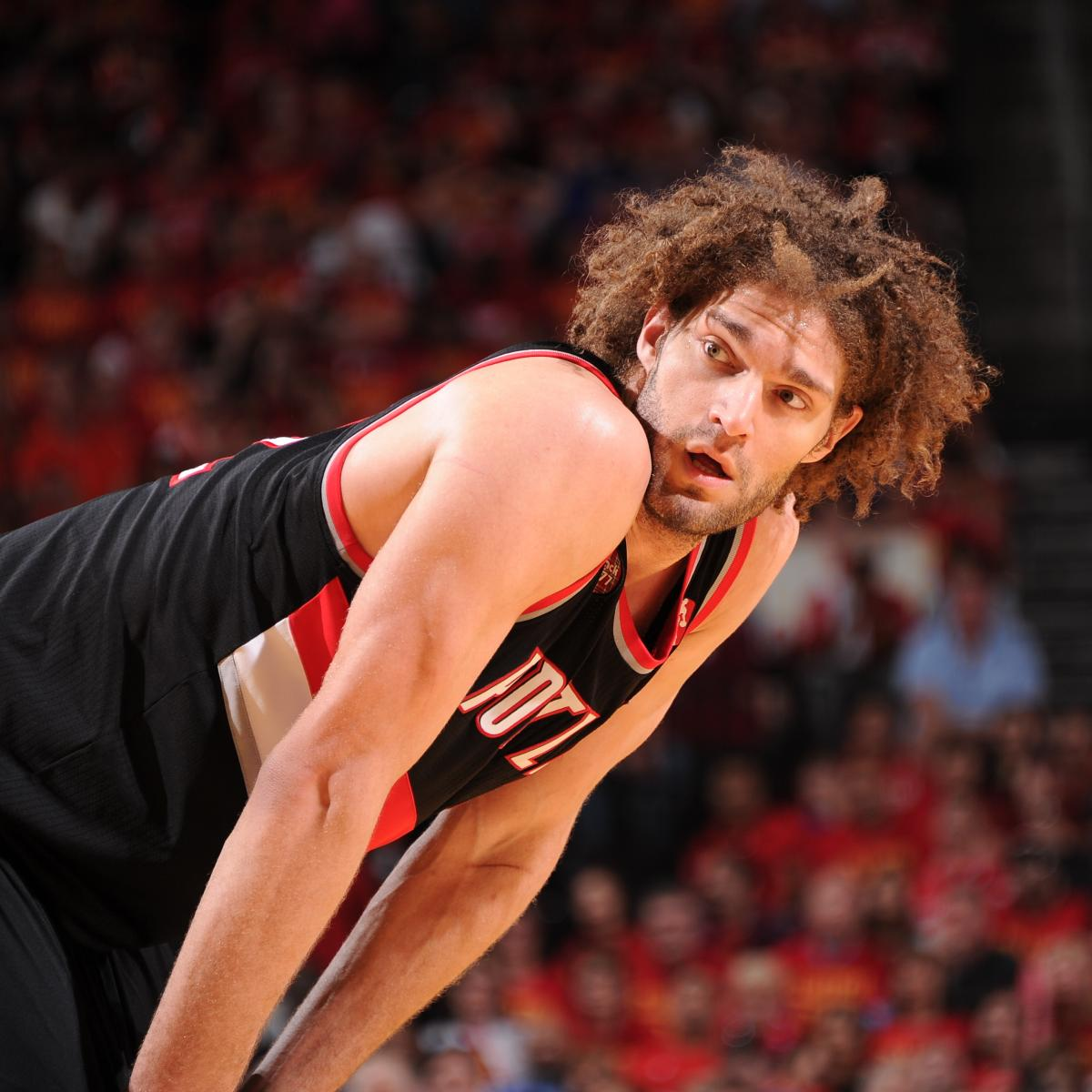 Watch Robin Lopez Posterize Omer Asik In 2nd Half Of