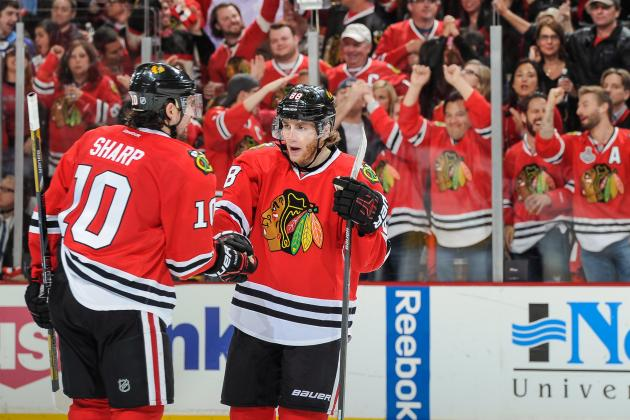 Kane Scores Twice in 3rd as Hawks Drop Wild