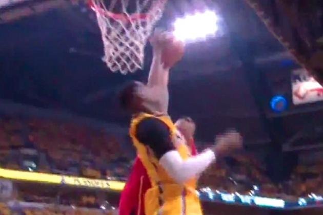 Ian Mahinmi Emphatically Denies Jeff Teague's Dunk Attempt with Monster Block