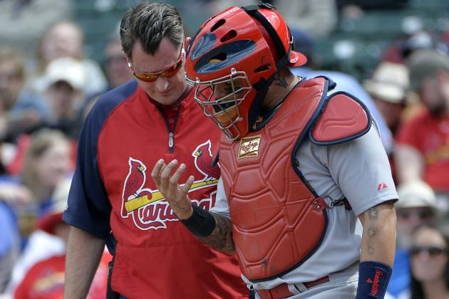 Video: Yadier Molina Catches Foul Tip with Thigh (no, Really)