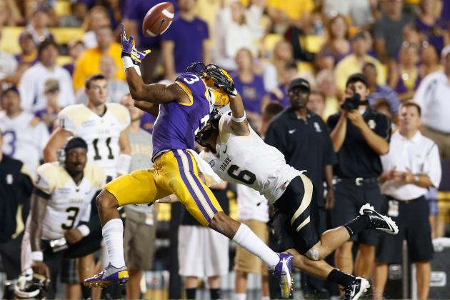 Eagles May Trade Up to Draft a First-Round Receiver