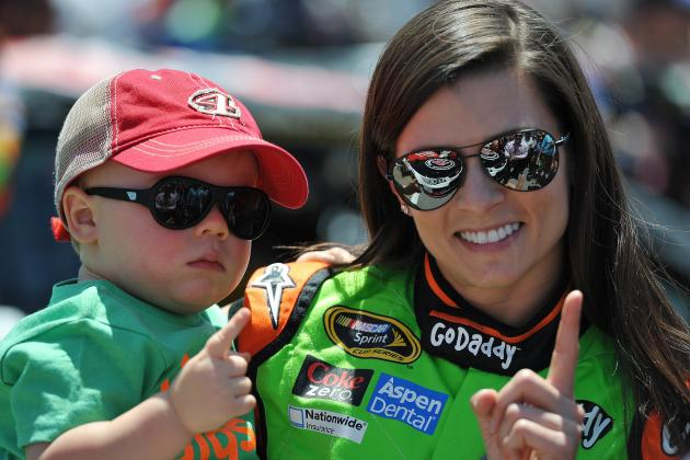 Danica Patrick: Latest News and 2014 Sprint Cup Ranking Ahead of Kansas