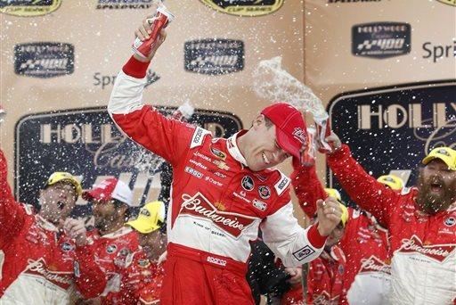 NASCAR at Kansas 2014: Latest NASCAR Team News, Top Drivers and More