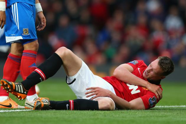 Phil Jones Injury Would Give England Big Problems for Right-Back at World Cup