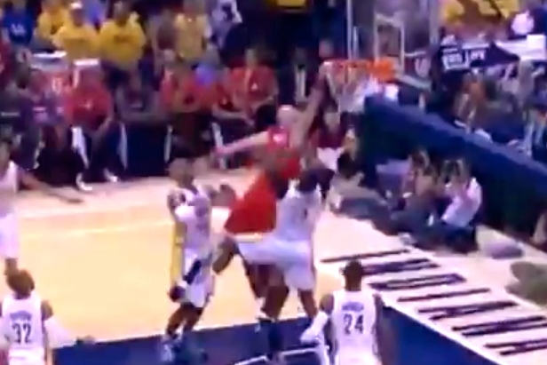 Marcin Gortat Posterizes Ian Mahinmi in Game 2 of Wizards vs. Pacers