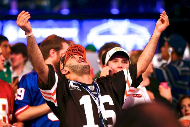 Cleveland Browns Fans Celebrate Johnny Manziel Pick Like There Is No Tomorrow
