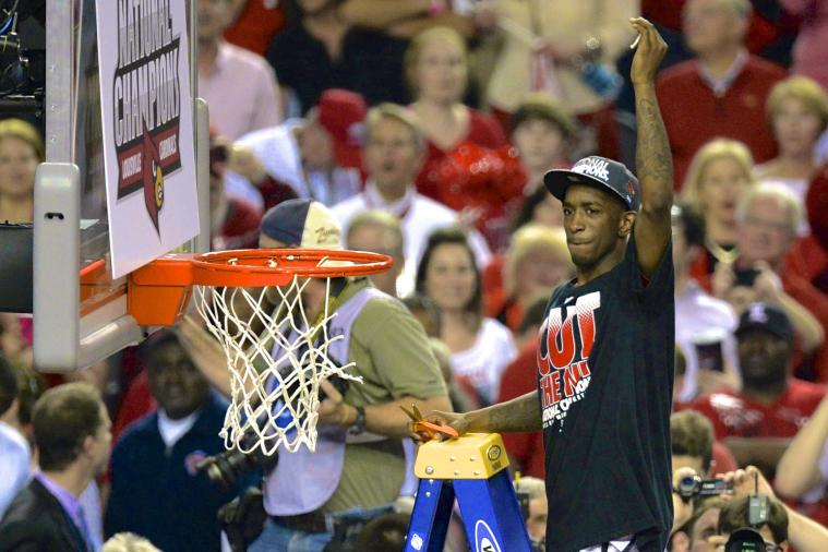 Louisville's Russ Smith Has National Championship Jersey Thrown Away by FedEx