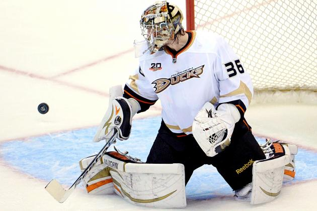 John Gibson Stonewalls Suddenly Vulnerable Kings in Ducks' Game 4 Win