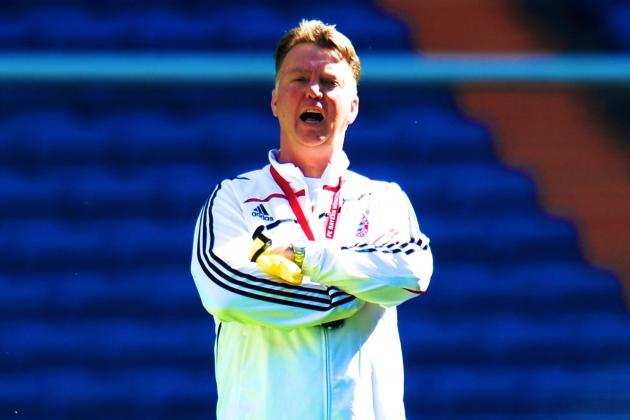 Louis Van Gaal Must Juggle Balance with Signings to Succeed as Man Utd Manager