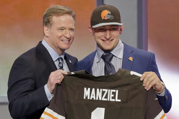 Johnny Manziel Doesn't Have to Be Savior of Browns Offense