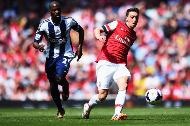 Mesut Ozil Is Growing into Dennis Bergkamp Role at Arsenal