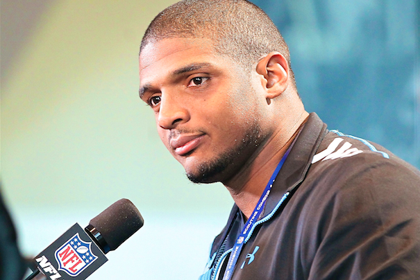NFL Draft: Michael Sam's Kiss Brings Out the Bigots and Hypocrites