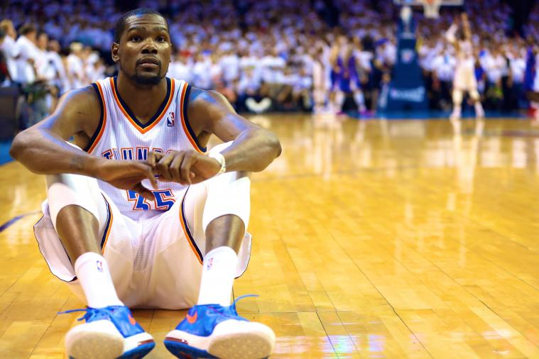 Kevin Durant Sits on Court Facing Away as Westbrook Attempts Crucial Free Throws