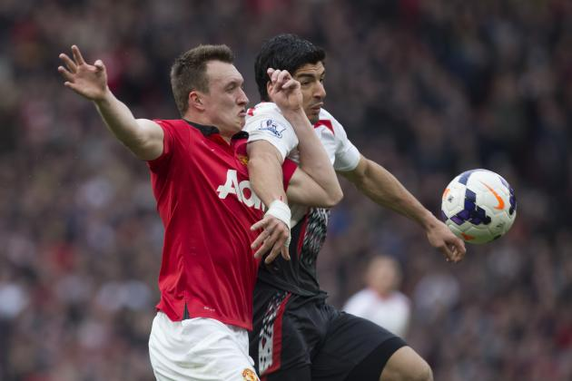 Manchester United Fan Loses Bet to Liverpool Fan, Pays Up in Epic Fashion
