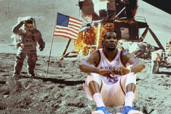 Internet Has Field Day Creating 'Kevin Durant Can't Watch' Photoshops