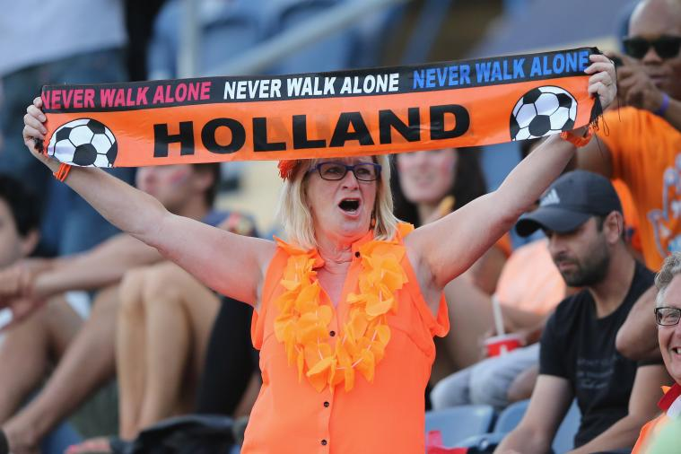 Calvin Verdonk Scores Long-Range Wondergoal for Netherlands vs. England