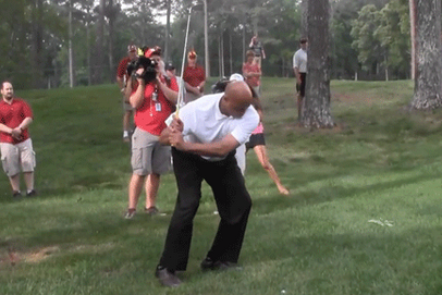 Video: Charles Barkley Golfs with Bruce Pearl