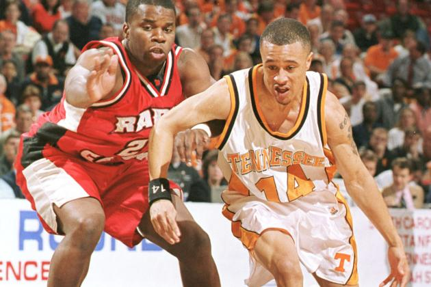 Former Tennessee Coach Bruce Pearl Provides Worthy Assist to Ex-Vol Point Guard