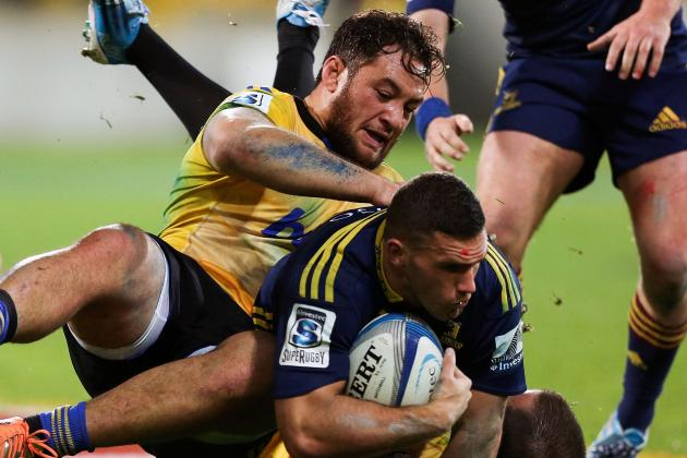 Highlanders Edge Hurricanes in Armwrestle
