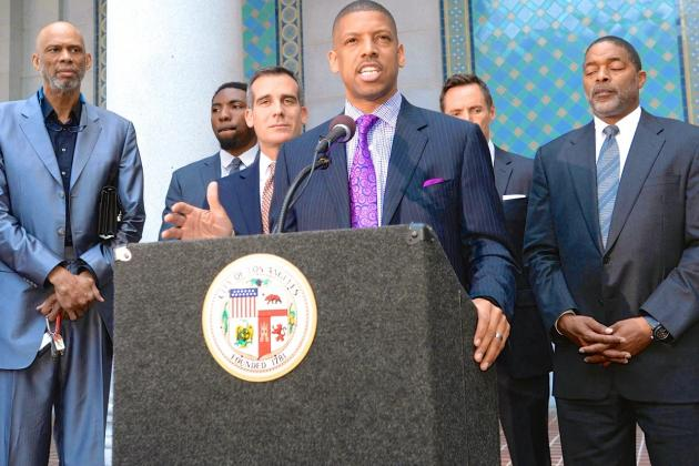 Kevin Johnson Meets with NBA Agents, Signaling New Approach from Players Union
