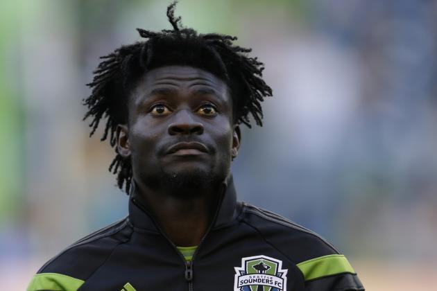 Obafemi Martins Scores from Ridiculous Angle for Seattle Sounders
