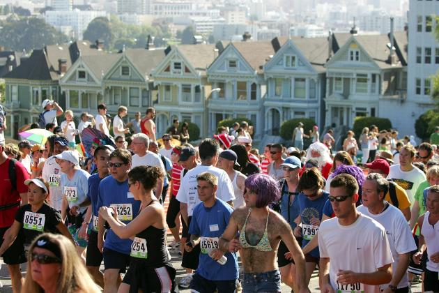 Bay to Breakers 2014: Twitter Reacts to Entertaining Race