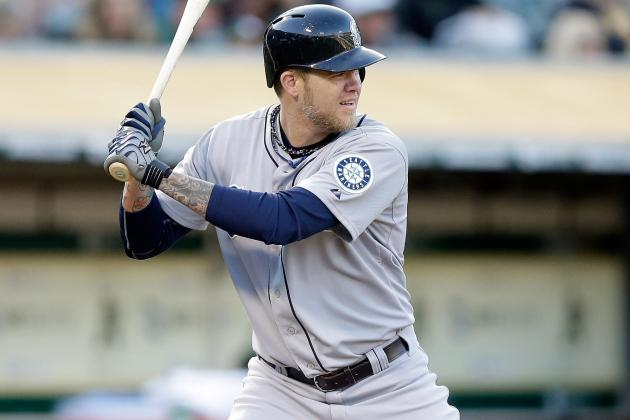 Mariners' DH Corey Hart Suffers Strained Hamstring vs.Twins