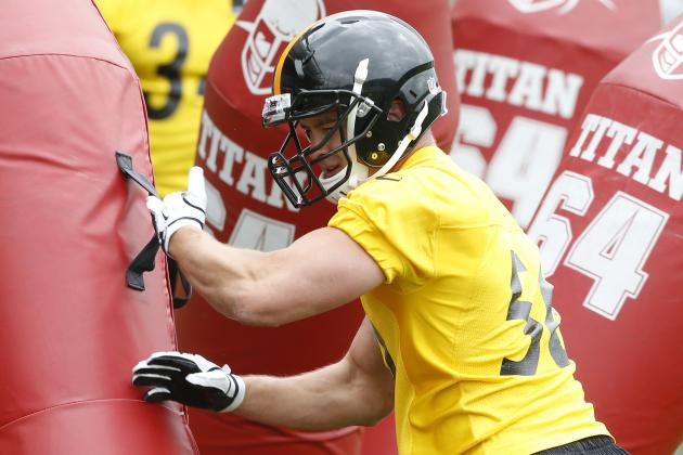 On the Steelers: Rookie Jordan Zumwalt Training on Inside, Outside