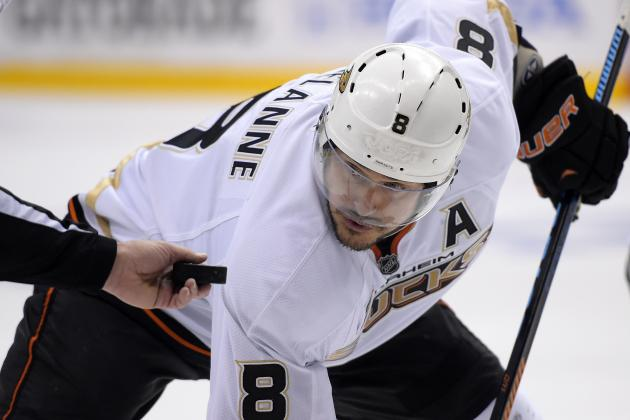 Teemu Selanne Retires as 2nd-Leading European-Born Scorer in NHL History