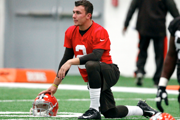 Should NFL Teams 'Redshirt' Quarterbacks?