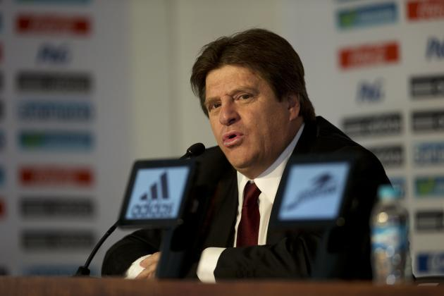 Mexico Coach Miguel Herrera Bans Players from Alcohol, Sex During World Cup