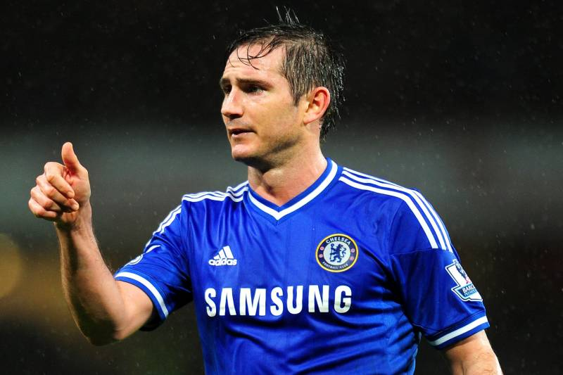Bleacher report sports highlights news now london england december 23 frank lampard of chelsea in action during the barclays voltagebd Images