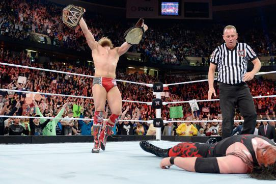 Daniel Bryan Should Keep WWE Title in Light of Deep Roster